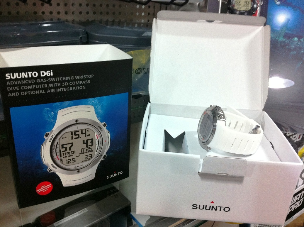 [해외]순토 d6i 화이트 시계 크기의 다이브 컴퓨터 - 틸트 - 보상 3D 디지털 나침반 Wreless 공기 통합/Suunto d6i White Watch-sized Dive Computer - Tilt-compensated 3D Digital Compass Wrel