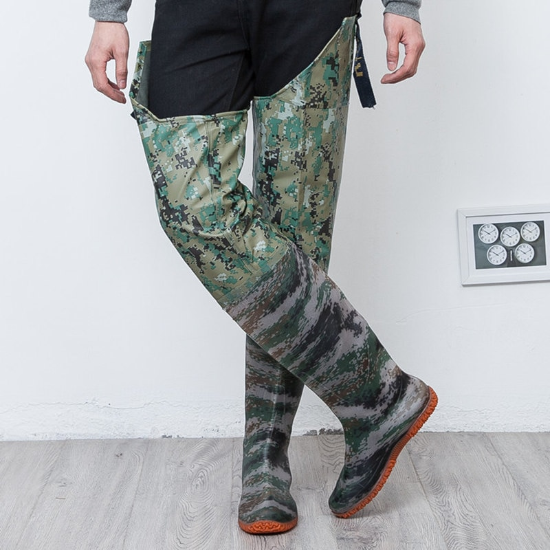 [해외]/High-Jump Camouflage Tactical Fishing Boots 80cm Height 0.55mm PVC Waterproof Seamless Boots Soft Shoes End Waders for Fishing